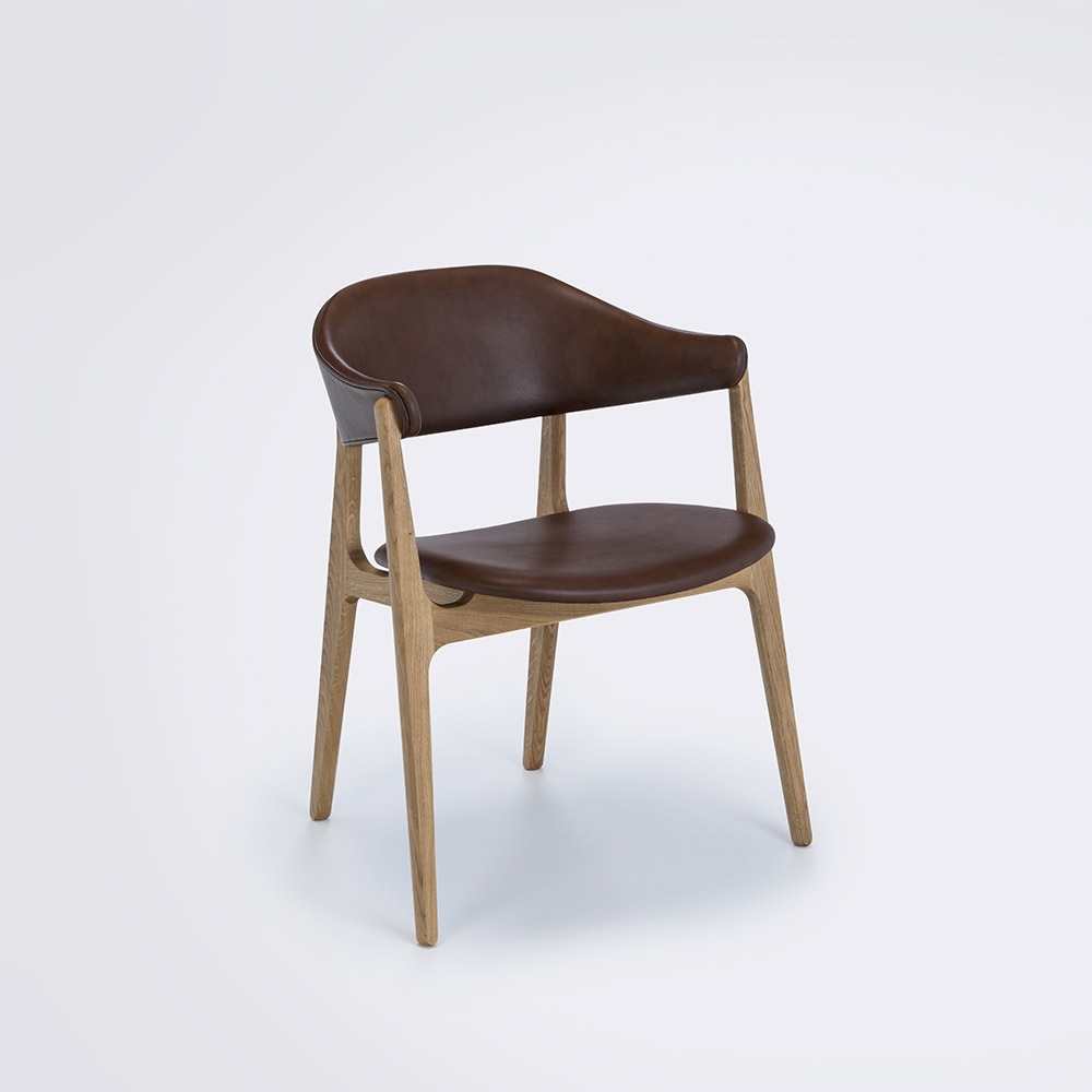 DINING CHAIR // Cognac Leather Camo // Solid Oak Frame